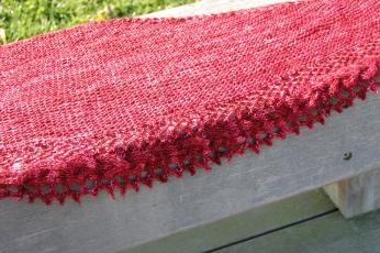 Châle French Cancan par Mademoiselle C, en (Vil)laine Solitaires fing coloris Trouver l'écharpe du rouge-gorge